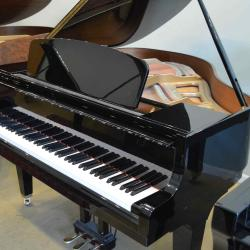 Kawai Baby Grand in excellent condition